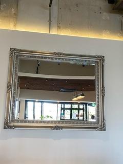 カフェの鏡.jpg